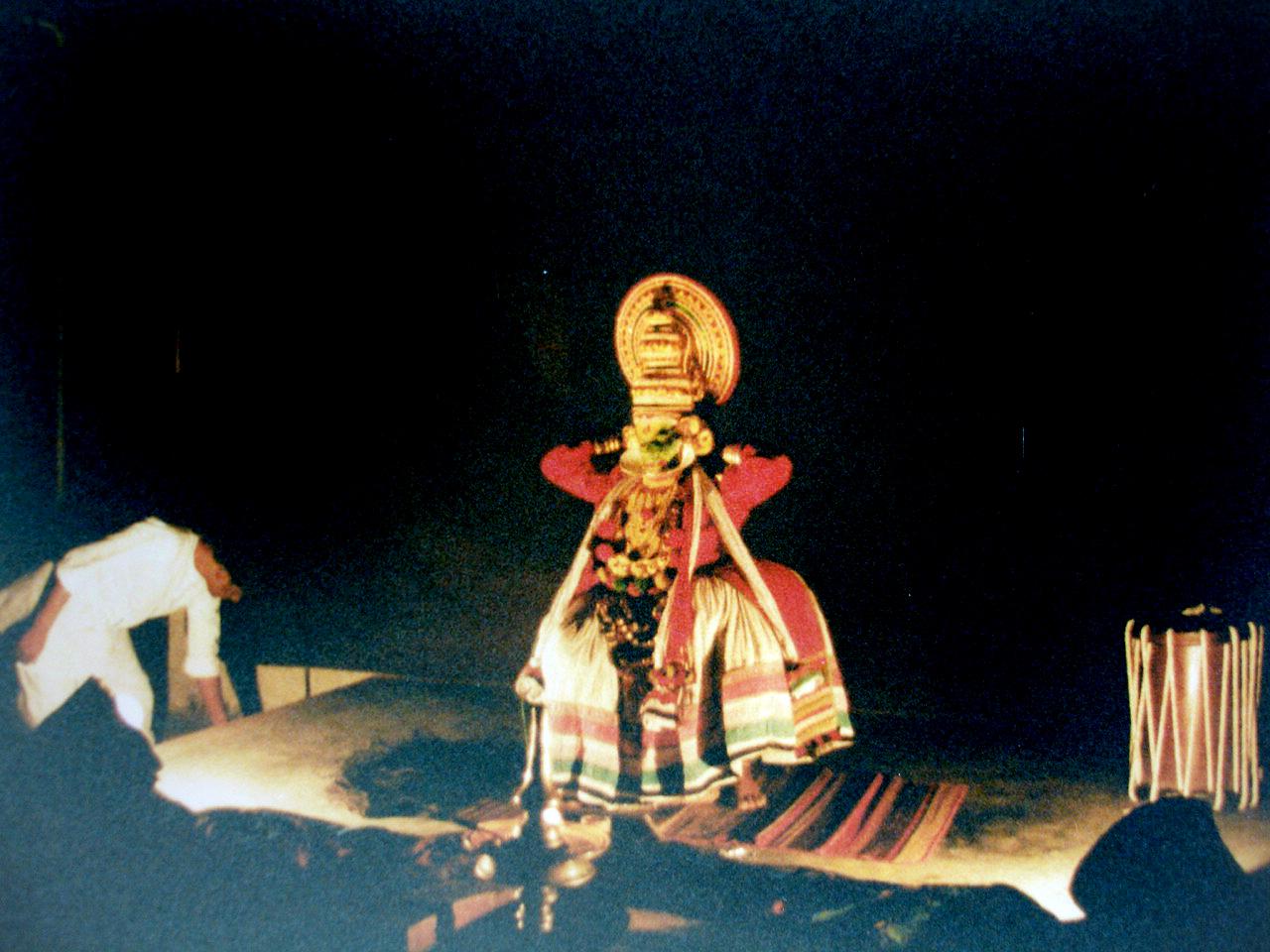 Kathatkali Dance