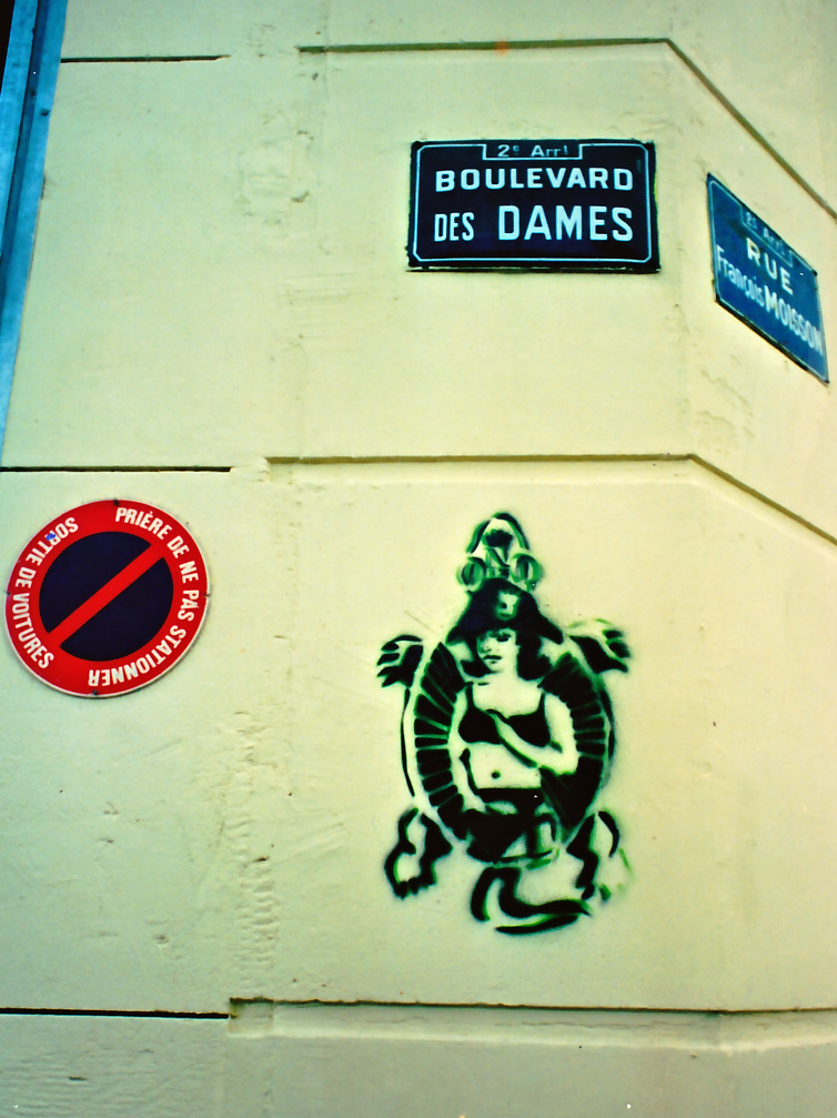 Napoleon B Side Graffiti, BLVD des Dames, 1995